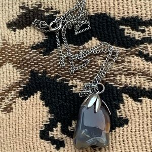 Stone pendent with chain